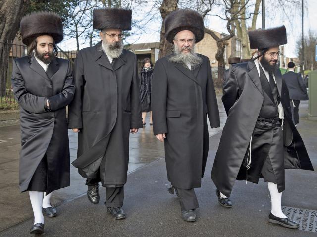 pg-34-hasidic-jews-1-getty